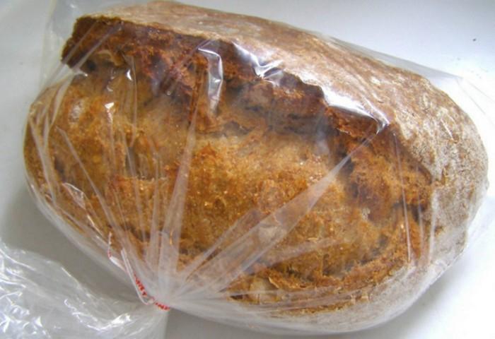 Как хранить хлеб, чтобы не черствел
