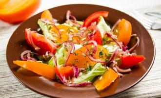 Как приготовить салат с хурмой