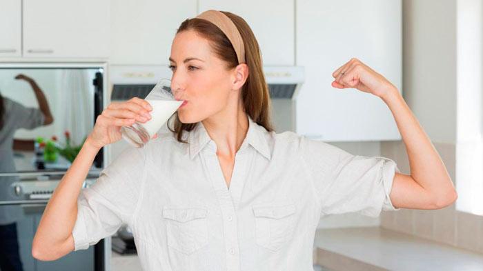 Можно ли взрослым пить молоко советы