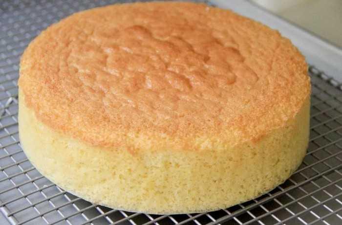 Как приготовить простой бисквит на кефире