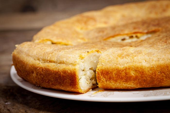 Как приготовить тесто для заливного пирога на кефире