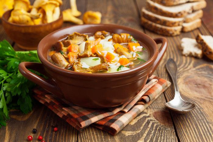 Рецепт грибного супа из лисичек фото