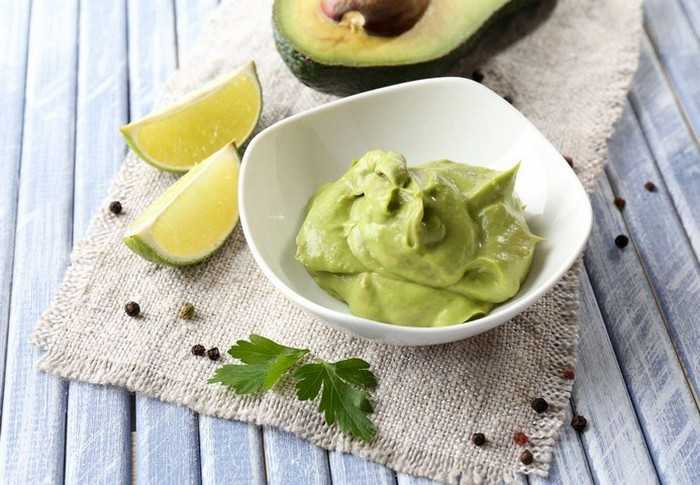 Сметанный соус с авокадо