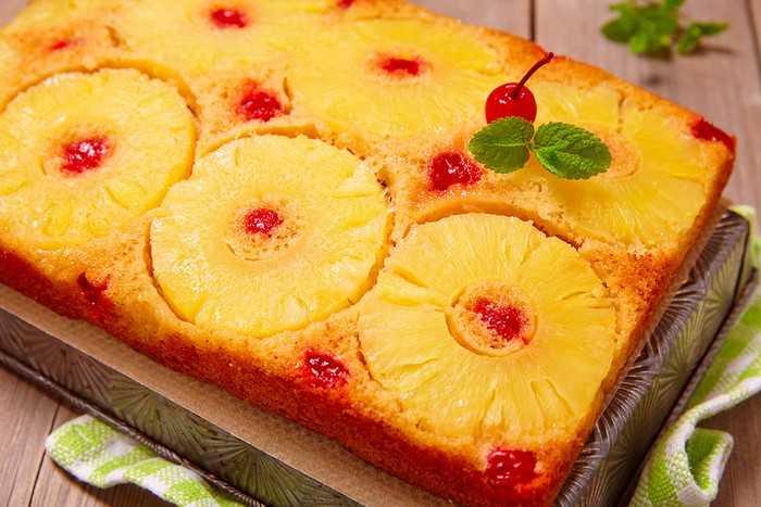 Кокосовый пирог с ананасами