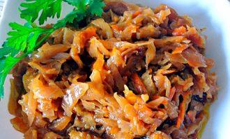 Как приготовить солянку из капусты с грибами фото