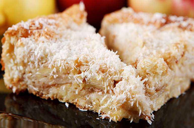 Косовый пирог с яблоками
