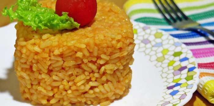 Томатный рис с сыром