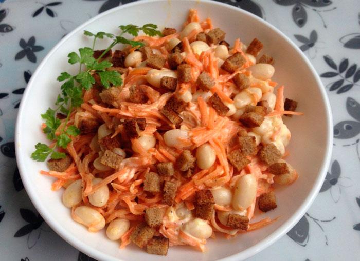Корейская морковь с фасолью