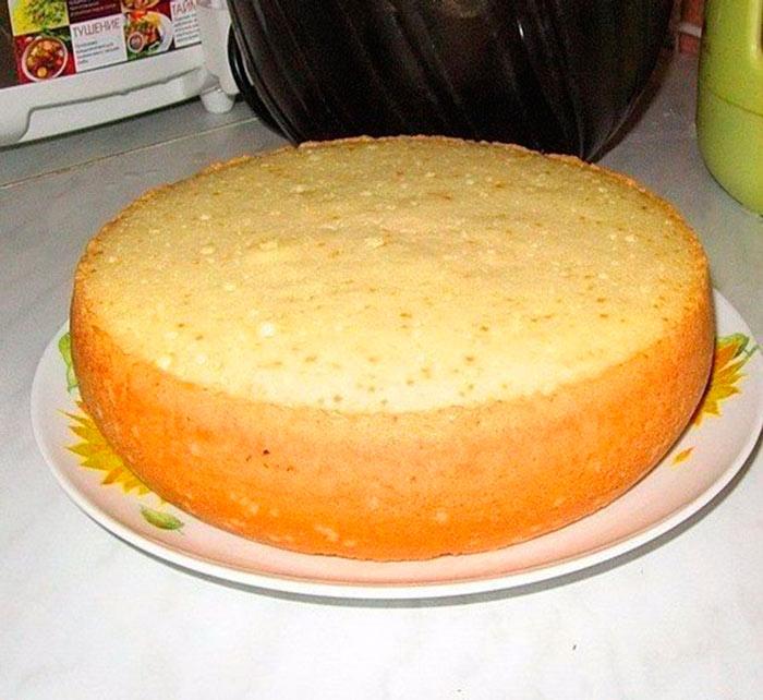 Рецепт бисквита на кипятке Ванильный