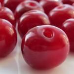 Как заморозить вишни, чернику и другие ягоды