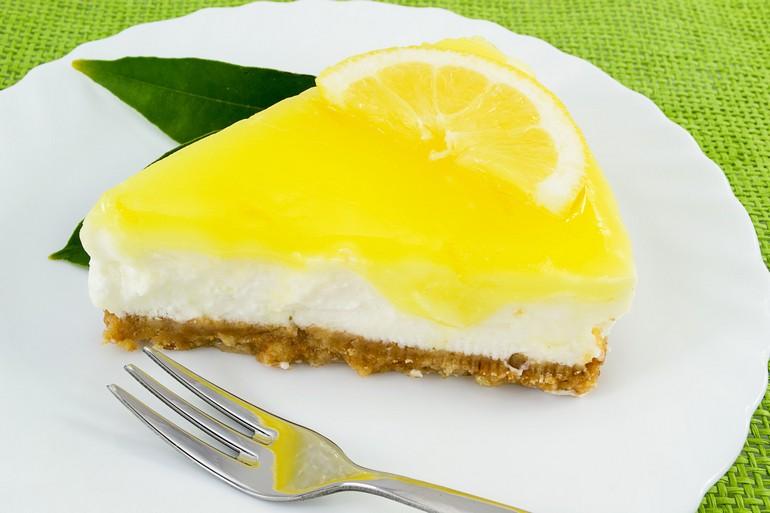 Рецепт лимонного чизкейка без выпечки и яиц