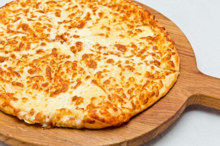 Сырные лепешки на сковороде с начинкой