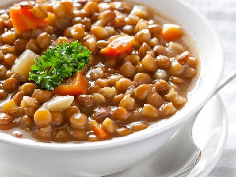 Болгарский суп из чечевицы Леща Чорба