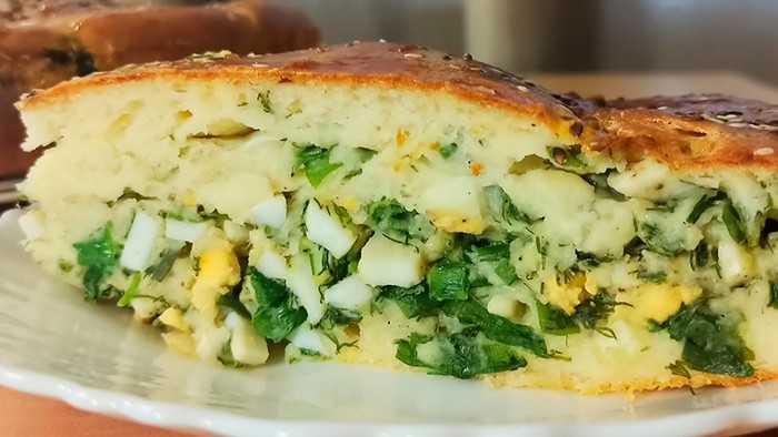 Рецепт заливного пирога с зеленым луком и яйцом