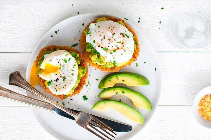 Что можно приготовить из яиц на завтрак фото