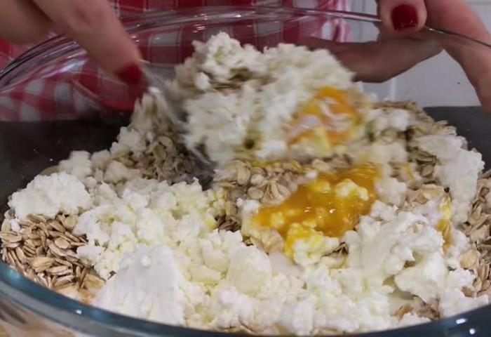 Диетический тортик из овсянки без муки и сахара