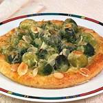 Пицца с брюссельской капустой и соусом песто