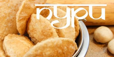 Пури – пшеничные лепешки, жаренные во фритюре