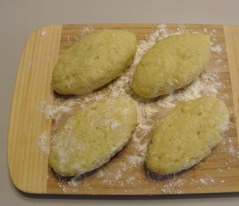 Картофельные зразы с грибами без яиц и муки