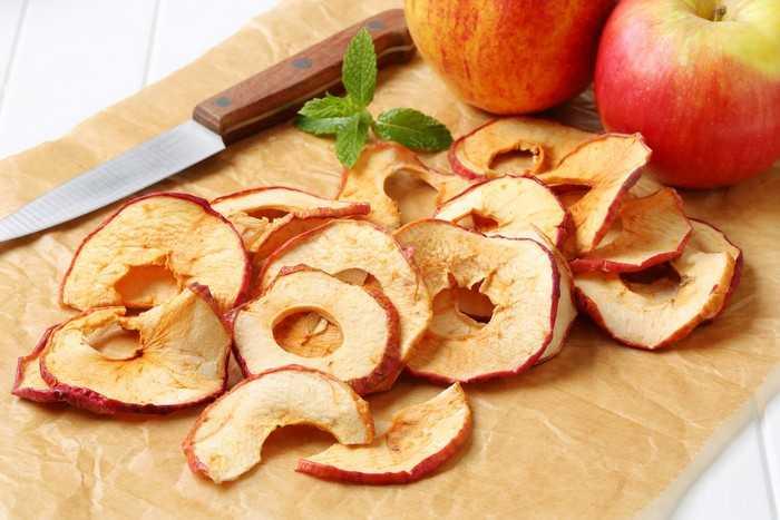 Домашние сушеные яблоки: простые методы сушки