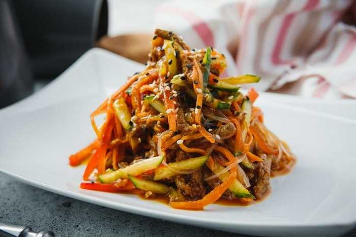 Фунчоза с овощами по –корейски