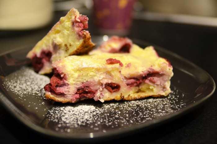 Итальянский вишневый пирог с маскарпоне