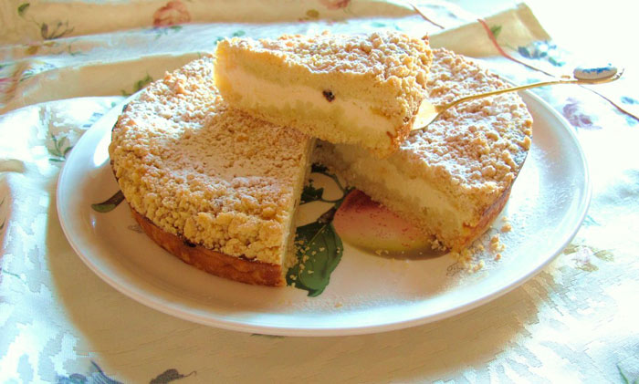 Вкусная домашняя выпечка с творогом и яблоками