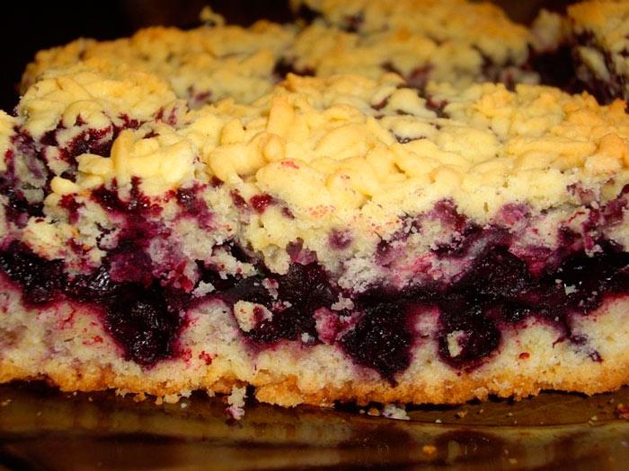 Как приготовить насыпной пирог с творогом и вареньем