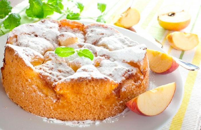Пышный пирог в мультиварке