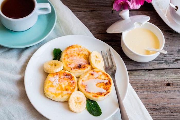 Сырники из рикотты с бананом