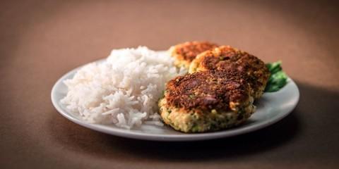 Вегетарианские котлеты из цветной капусты и брокколи
