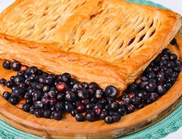 Отменные рецепты выпечки пирогов с черной смородиной