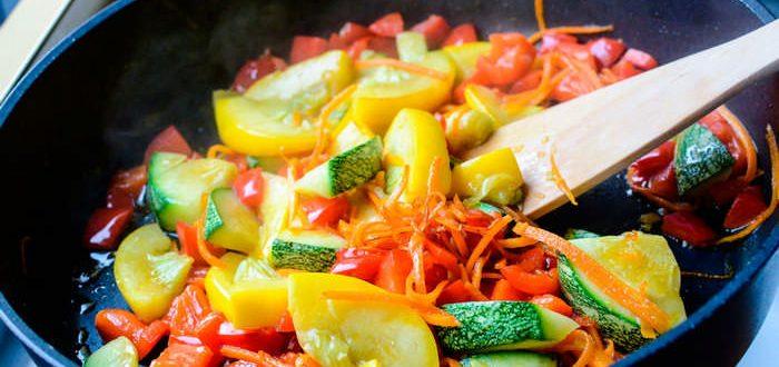 Как потушить овощи
