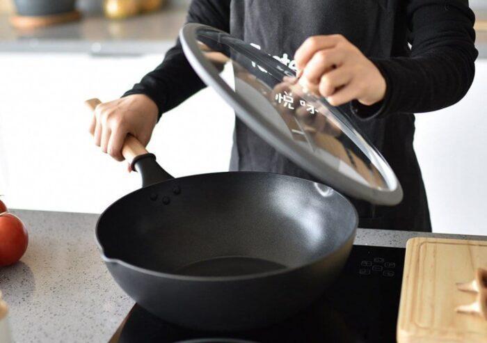 Сковорода вок — что это такое и для чего нужна