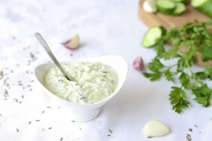 Соус чесночно-йогуртовый