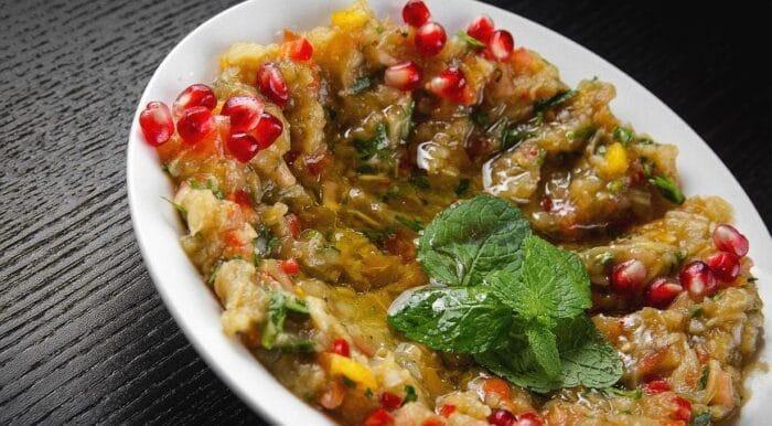 Нежная закуска с Кавказа — бабагануш из баклажанов