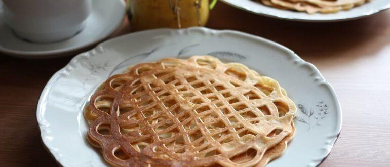 Вкусные ажурные блины на кефире