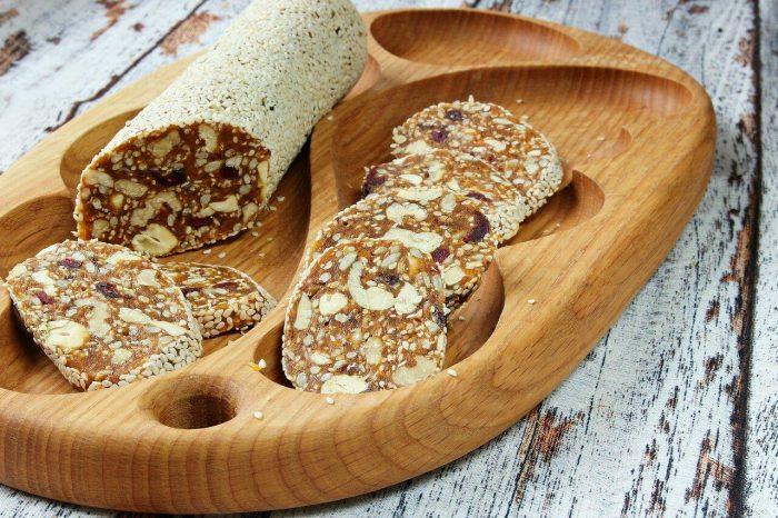 Батончики из сухофруктов и орехов