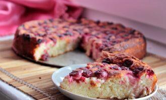 Творожный пирог с вишней в духовке