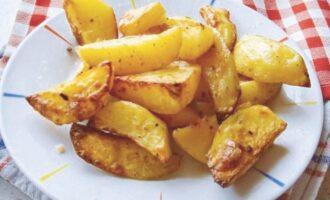 картофель дольками в духовке с хрустящей корочкой
