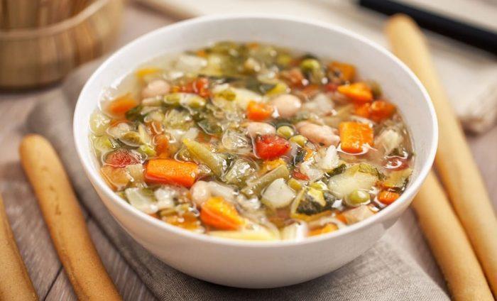 Суп легкий овощной
