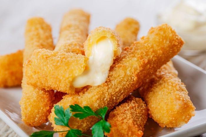 Как вкусно приготовить жареный сыр