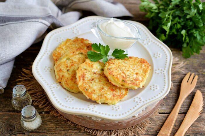 Как приготовить капустные оладьи: быстрые пошаговые рецепты