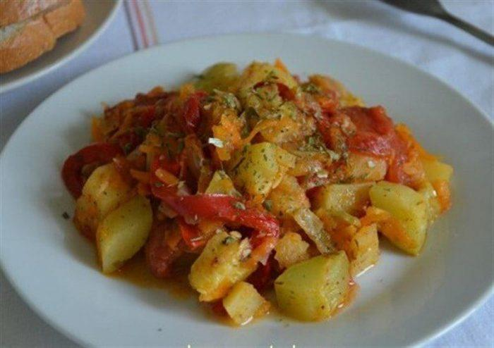 Рагу с кабачками и другими овощами