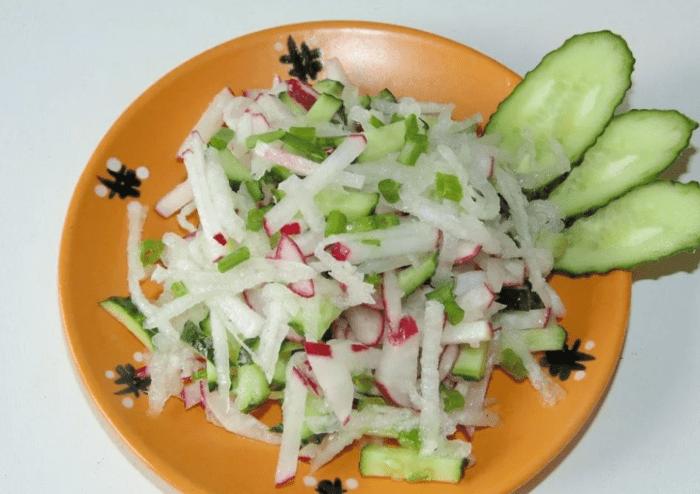 Рецепты вкусных салатов с редькой дайкон для стройной фигуры