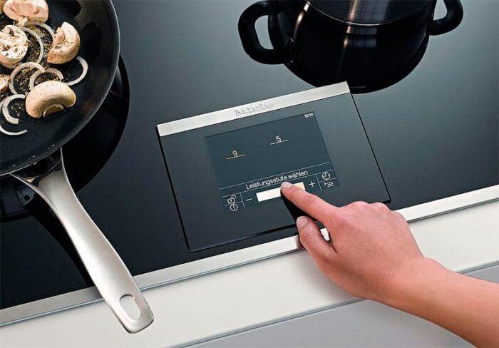 Чем отличается электрическая варочная панель от индукционной и какую выбрать
