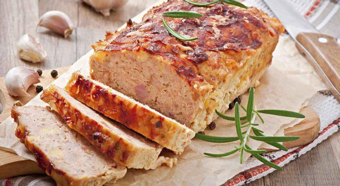 Панеттоне с сыром и беконом