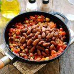 фасоль красная тушеная с овощами